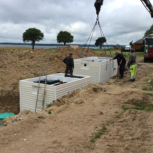 BioKube 3 x Jupiter system under installation at campsite in Denmark