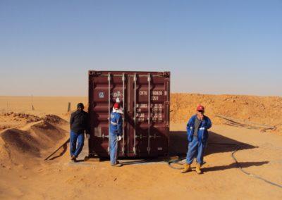 BioContainer pour l'exploration de pétrole dans le désert du sud de la Libye